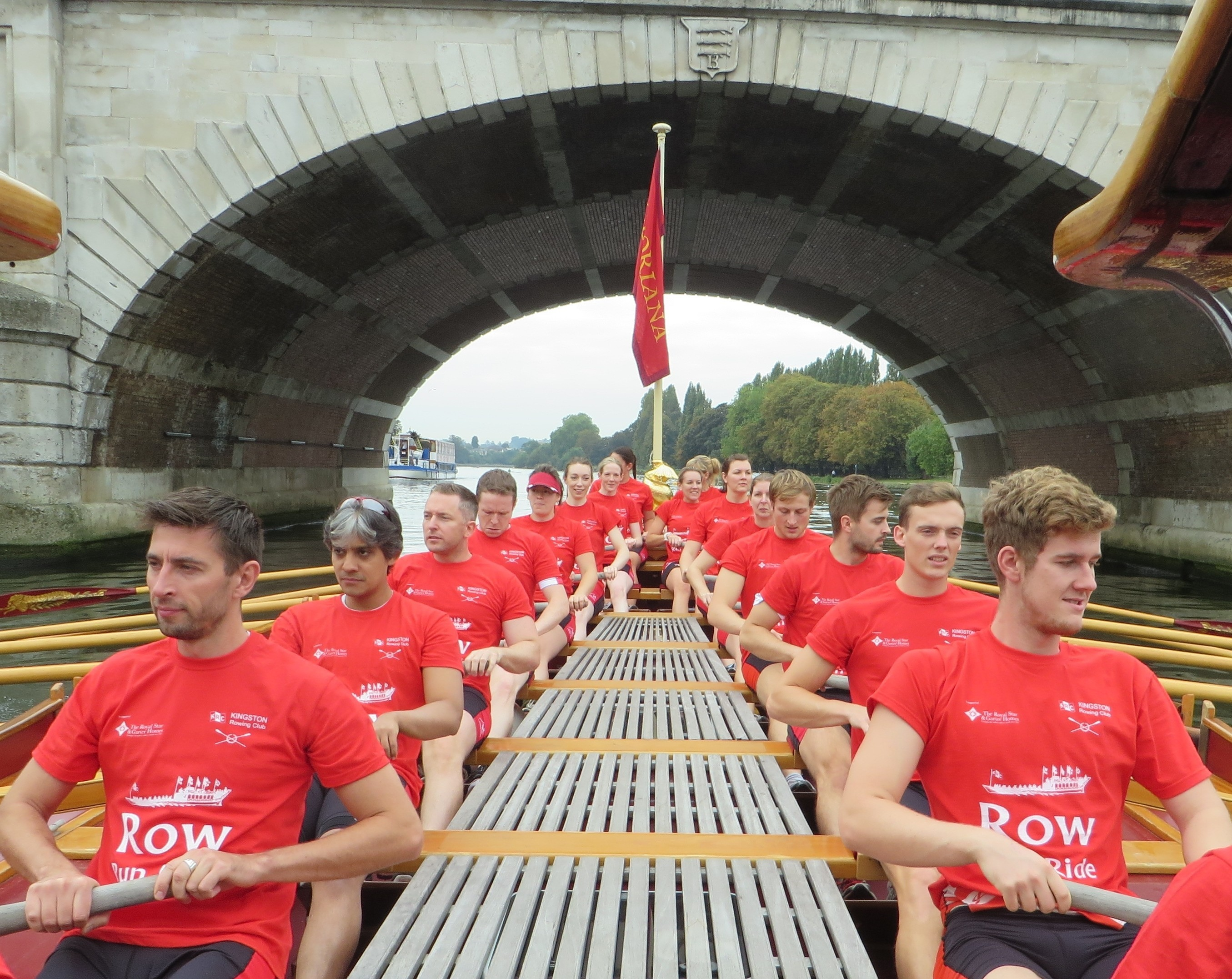 Kingston Rowing Club Members Rowing Gloriana
