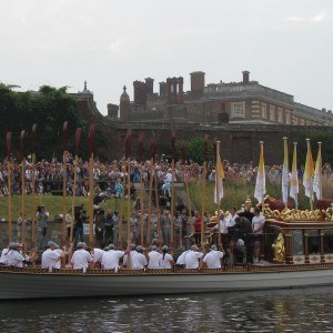 Casting off at Hampton Court Palace