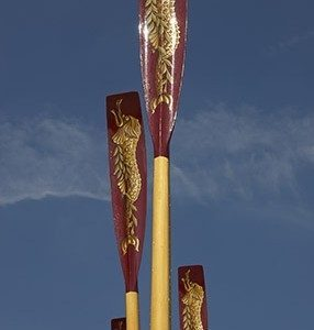 The masterfully painted spoons on Gloriana's oars