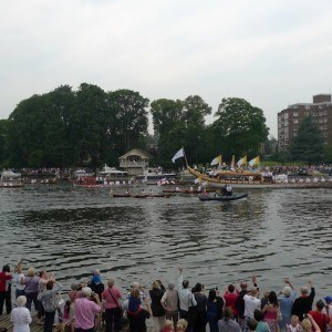 Kingston Rowing Club crowds