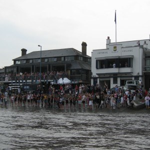 The Putney Embankment crowds