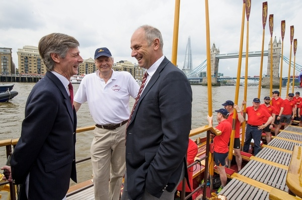 Peter Warwick, Thames Alive, Matthew Gordon, Cox talk with Sir Steve Redgrave on board the Gloriana
